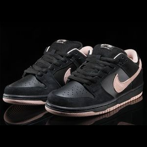"""Nike Sb Dunk Low """"Washed Coral"""""""